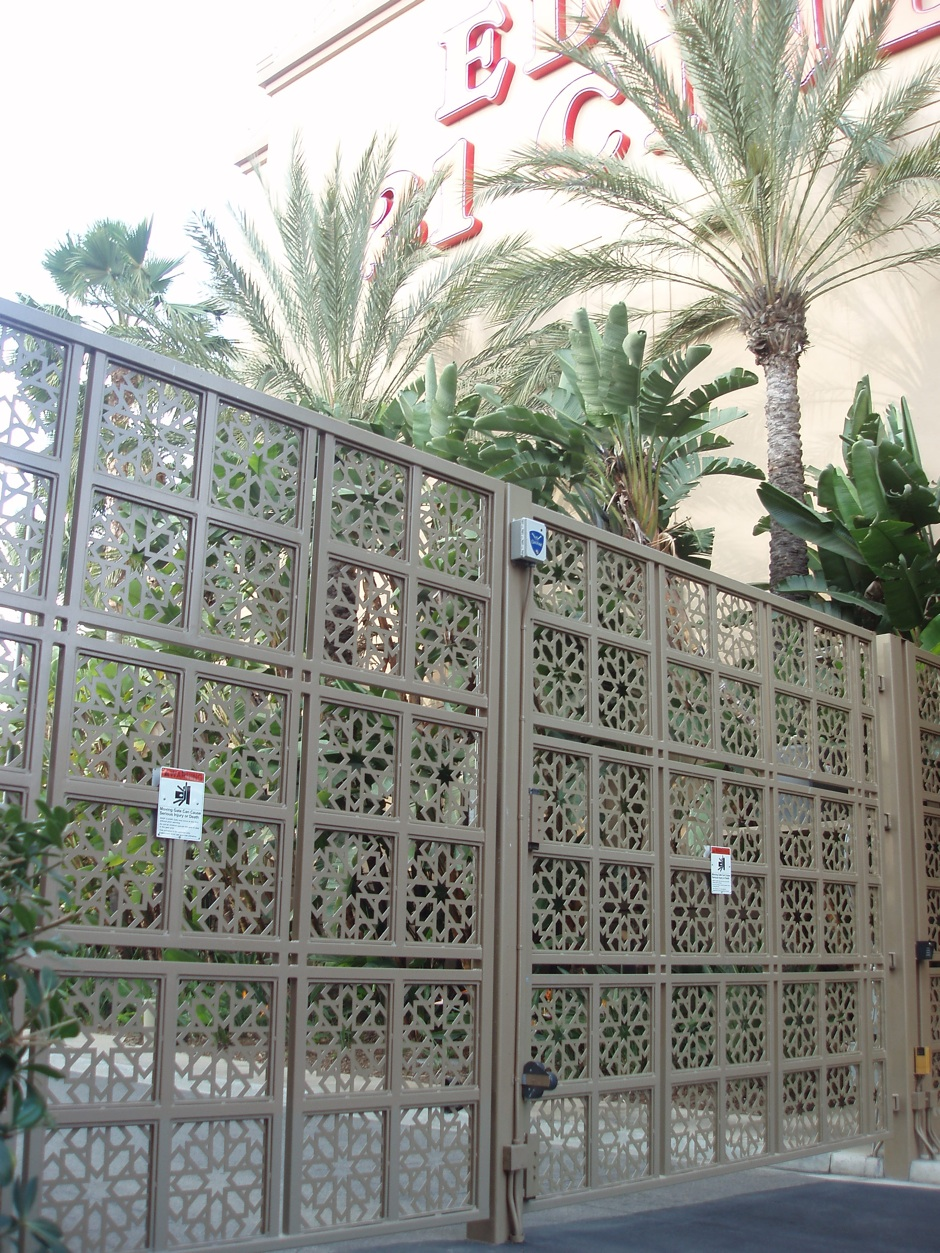 Custom decorative fabricated iron fence gate