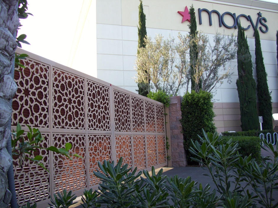 Custom decorative fabricated iron fence gate commercial
