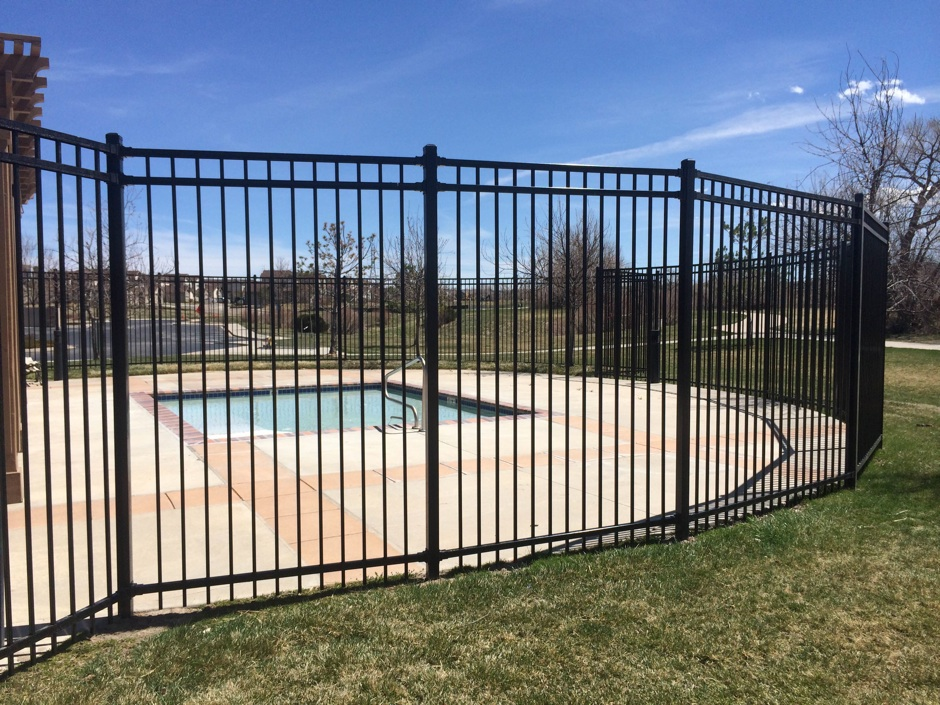 HOA-Ornimental-Iron-fence around pool HOA