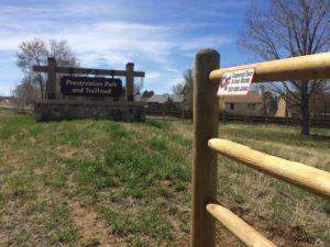 Landmark wood 3 rail fence