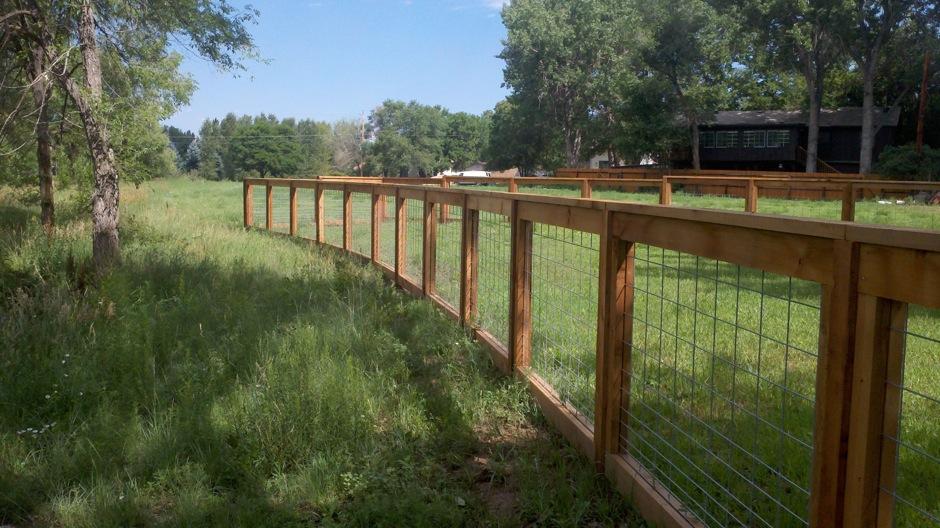 Texas-style-San-Lido wood fence